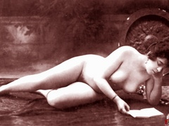 Very horny vintage naked french postcards - XXX Dessert - Picture 1