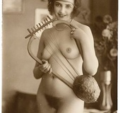 Some sexy and naked vintage chicks posing in the&hellip;