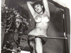 Some vintage daring real amateur pictures - XXX Dessert - Picture 5