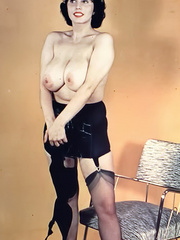 Irresistible blonde vintage cutie - XXX Dessert - Picture 1
