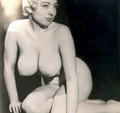 Adorable vintage hotties exposing their natural…