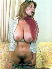 Here is the cutest classic porn beauties - XXX Dessert - Picture 3