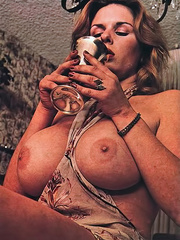 Here is the cutest classic porn beauties - XXX Dessert - Picture 5