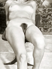 All natural hairy retro beauties exposing - XXX Dessert - Picture 4
