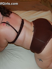 Tattoed bbw milf slowly taking off her undies in front - Picture 6
