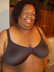 Check out enormous ebony mom stips naked in her bedroom. - Picture 2