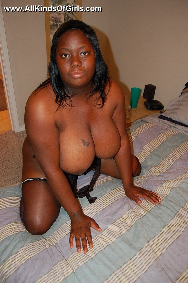 Giant tits plump ebony wife opens up so you can see - Picture 9