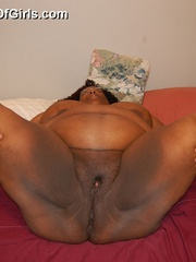 Check out enormous ebony mom stips naked in her bedroom. - Picture 11