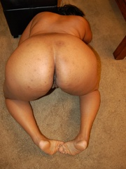Lusty black chubby housewife spreading her legs wide sou - Picture 7