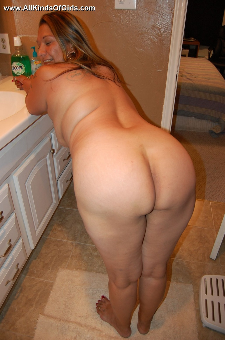 fat naked mexican mom