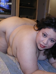 Slutty fat latina wife gets pounded from behind after - Picture 5