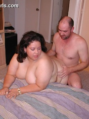 Slutty fat latina wife gets pounded from behind after - Picture 11