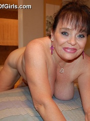 BBW latina granny Diana with epic boobs wanna be plowed - Picture 5