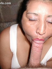 Busty chubby mexican mom Lupe is a real pro in cock - Picture 10