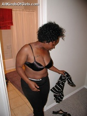 Curly hair busty ebony wife in dirty interracial action - Picture 2