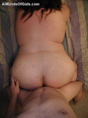 Plump mature wife gets fucked in doggy style after cock - Picture 12