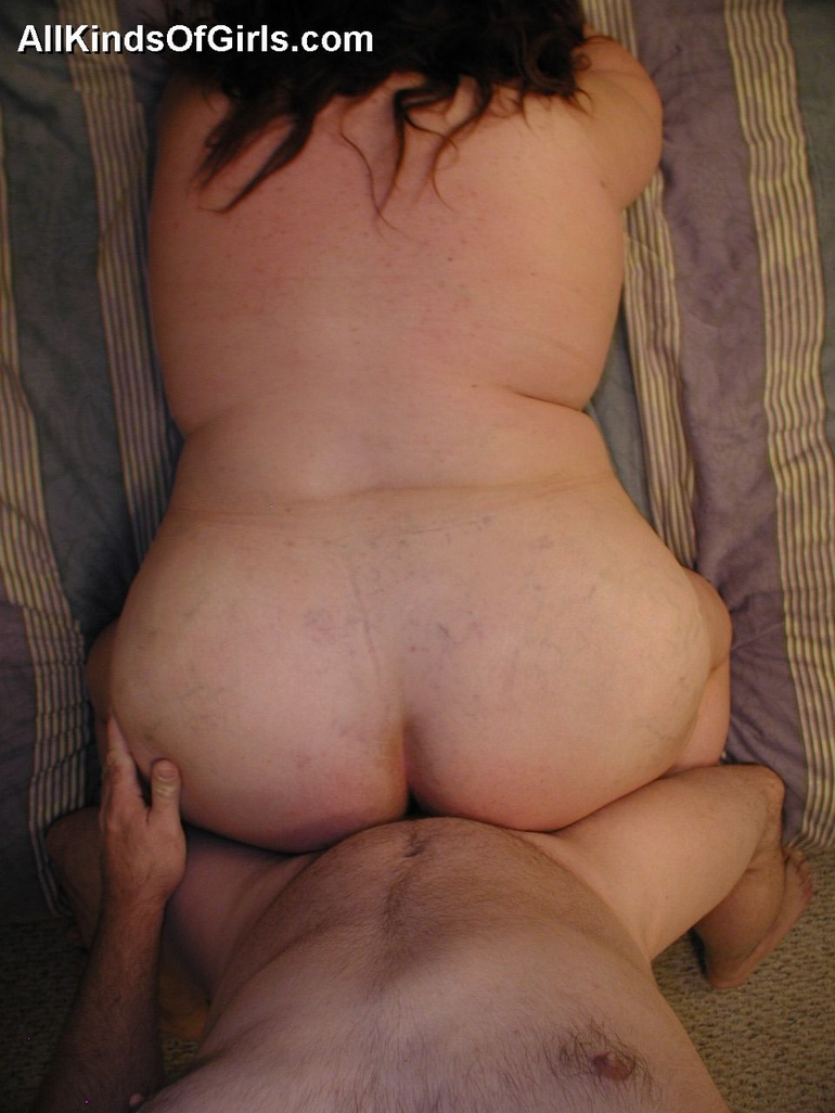 Flat chested tranny girl