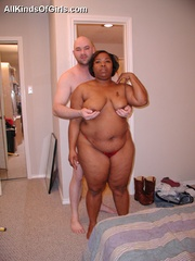 Chubby black mature milf sucking and riding hard white - Picture 6