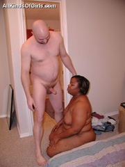 Chubby black mature milf sucking and riding hard white - Picture 7
