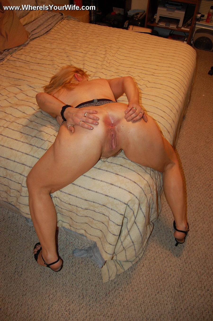 Your Wife Mature chubby blonde <b>wife</b> spreading her ass cheeks to sh <b></b>