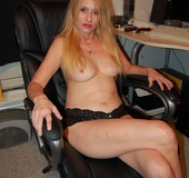 Mature blonde mama taking of her tight black…