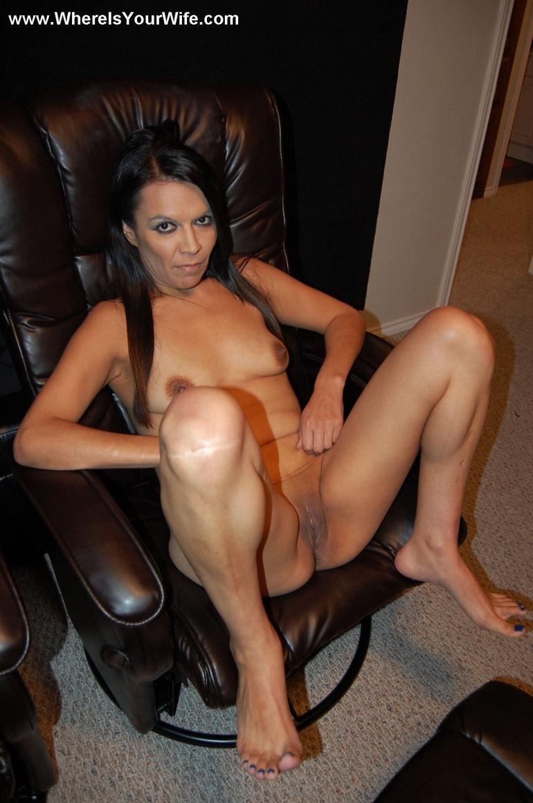Nude mature milf teasing