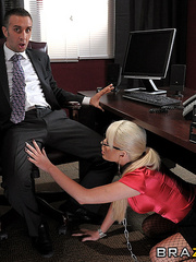 Alexis' sole responsibility at ZZ corp is - XXX Dessert - Picture 5