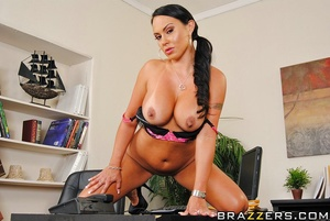 Mariah is tired of her boss Keiran alway - XXX Dessert - Picture 4