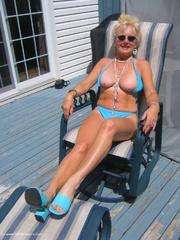 bikini blow jobs ruth