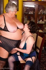 pussy licking grandma libby