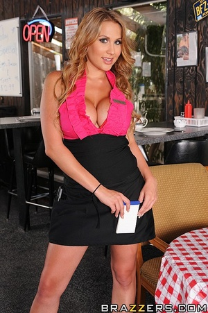 Alanah is a waitress at a truck stop. Sh - XXX Dessert - Picture 1