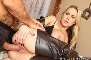 Alanah is a dirty, sexy Bounty Hunter an - XXX Dessert - Picture 14