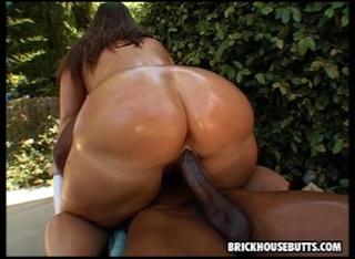 hot slut gets her