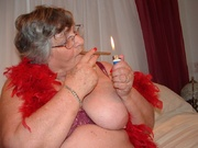 smoking grandma libby from