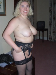 blow jobs cougar barby