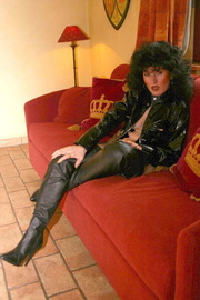 boots german isabel from
