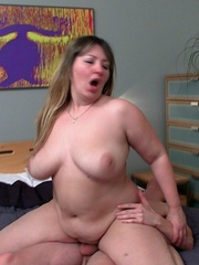 Her big BBW tits look great as he dumps his load on them - Picture 11