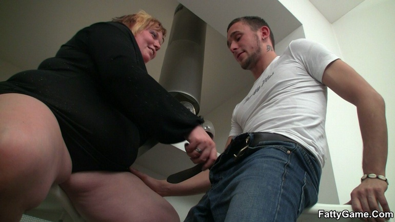 All that fat on her BBW body bounces and jiggles as she - Picture 6