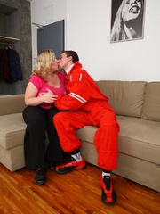 She gets him out of his mechanic outfit and he strips - Picture 3