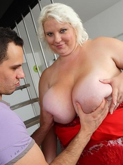 The beautiful blonde BBW has huge tits and a big ass and - Picture 10