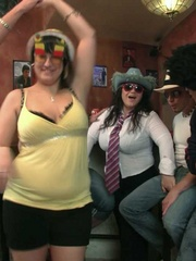 The three slender guys and the three fat chicks get wild - Picture 9