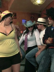 The fat party girls in their fun hats and glasses get - Picture 7