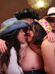 The girls play with each other in the BBW orgy set and - Picture 14