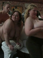 The BBW party shows the ladies stripping, sucking, and - Picture 6