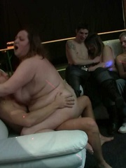 The BBW sluts at the orgy party suck dick and one gets - Picture 5