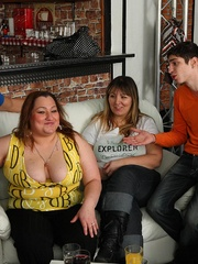 Hot BBW party girls are drunk and letting the young guys - Picture 3