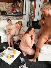 She sucks a dick at the party and then the fat chick - Picture 11
