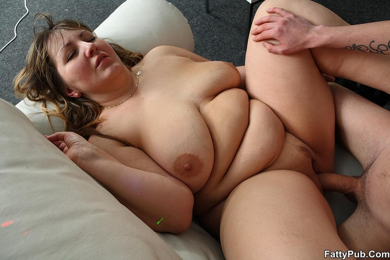 Chubby Nude Party Girls