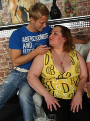 The BBW orgy has some seriously talented fat chicks - Picture 3