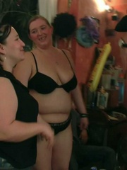 Each BBW party girl is drunk and loves it hard in her - Picture 9